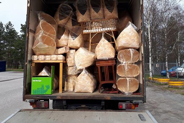 taloのフィンランド倉庫を利用すれば輸送コストの削減ができ、輸入手続きが簡単
